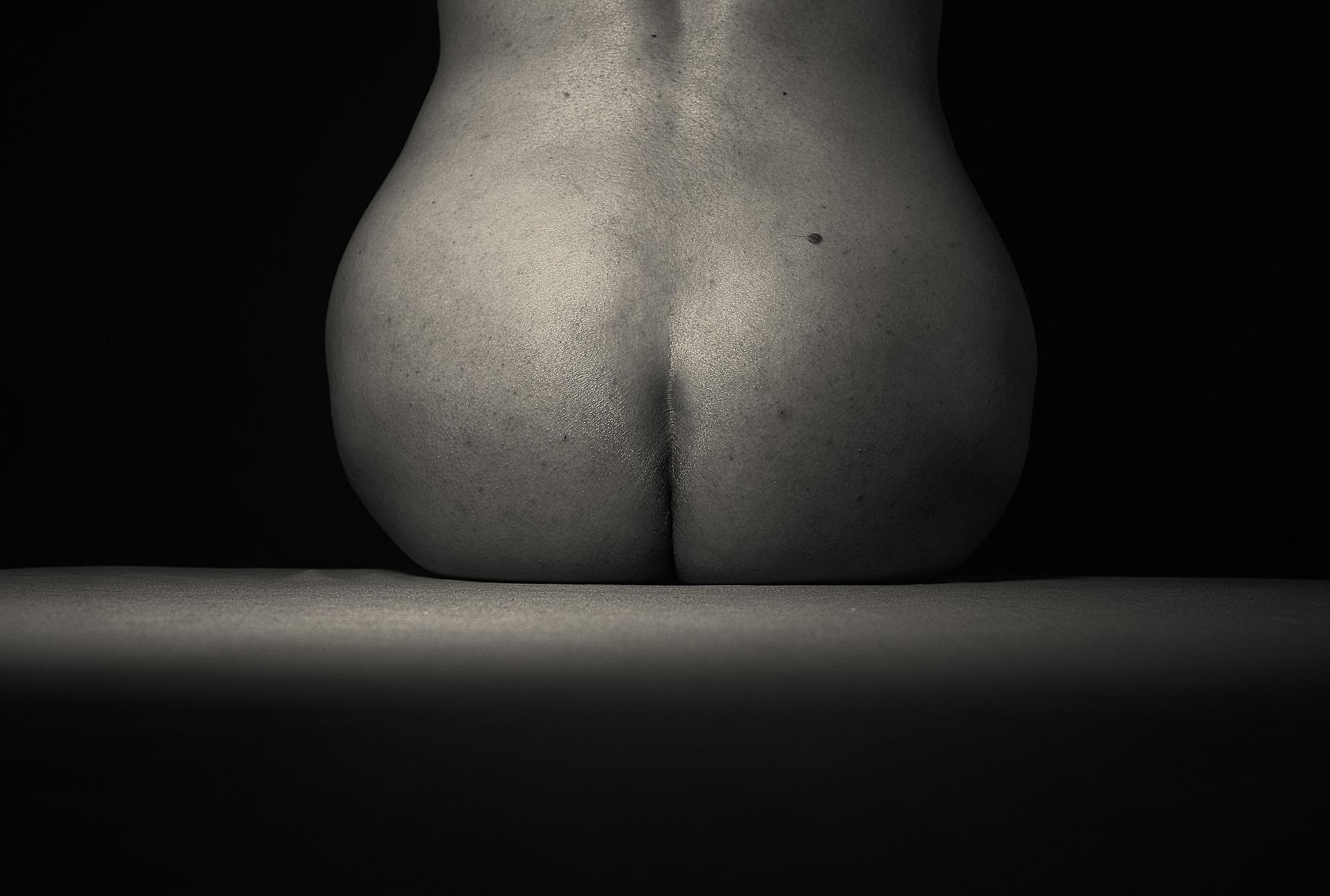 curves-5262331_1920